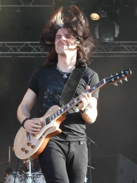 Alex Skolnick of Testament Live in Sweden