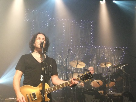 Vivian Campbell and Brian Downey live with Thin Lizzy