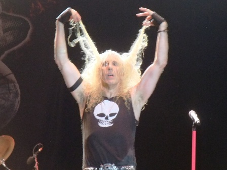 Dee Snider's hair - Twisted Sister live in Balingen