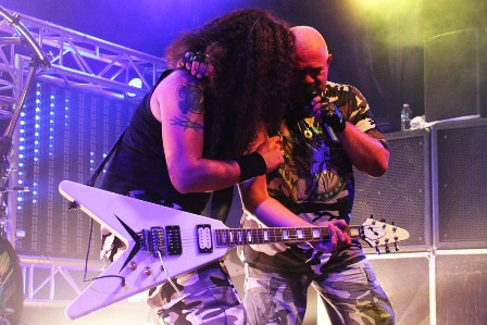 TIgor Gianola and Udo Dirkschneider live at the Divan Du Monde in Paris, with U.D.O.