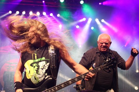 Fitty Wienhold headbanging with Udo Dirkschneider